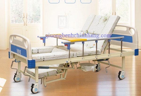 Giường bệnh3 tay quay Nakito NKT-03